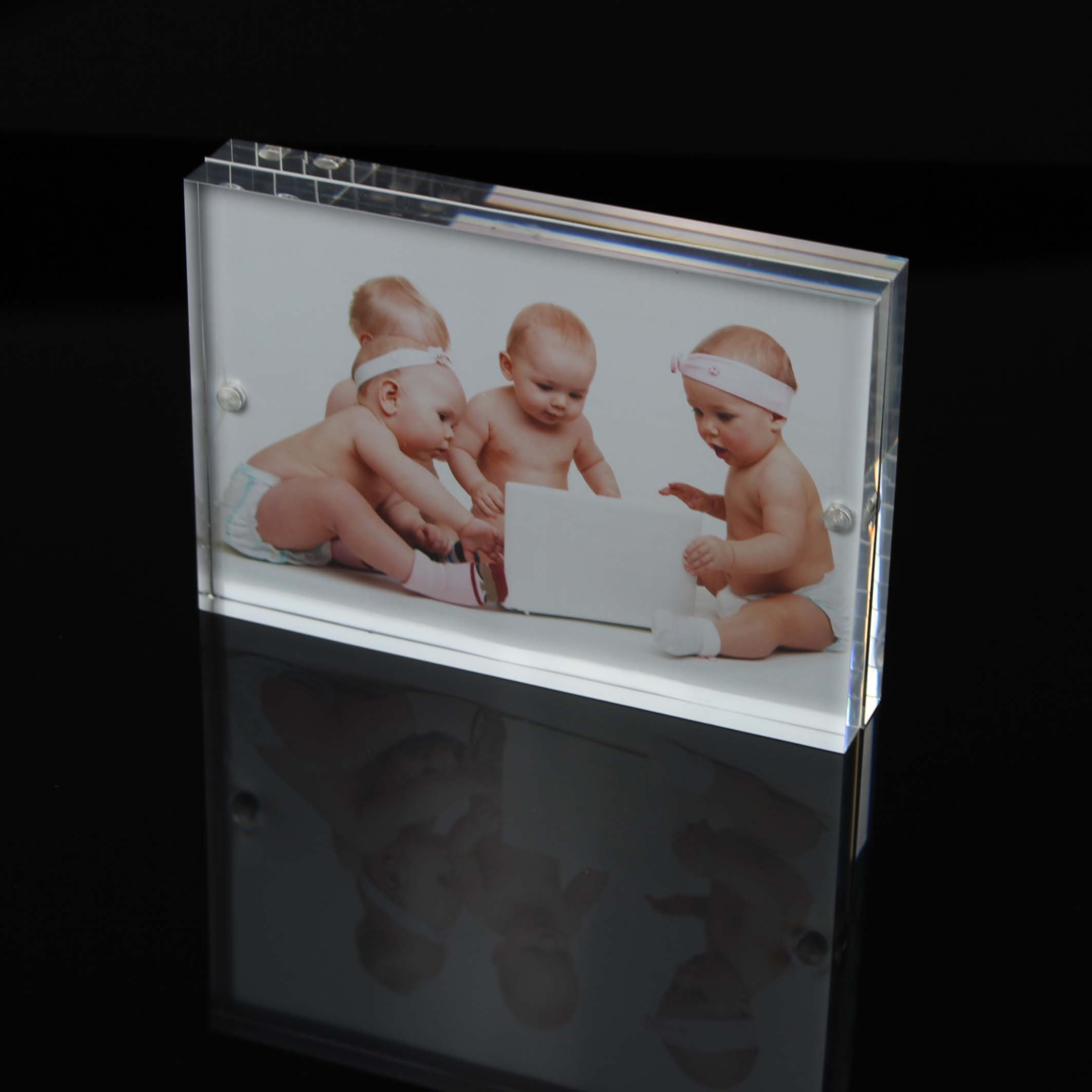 6inches Acrylic Magnetic Photo Frame